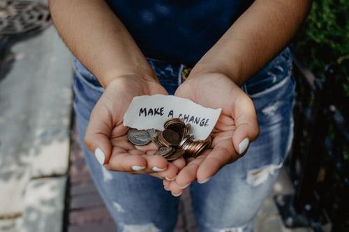 お金が無い人必見!お金持ちのお金の使い方を知り真似すればお金が増えていく魔法のスキルとは?